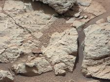 This image of an outcrop at the<br /> &quot;Sheepbed&quot; locality, taken by NASA&#39;s<br /> Curiosity Mars rover with its right<br /> Mast Camera (Mastcam), shows show<br /> well-defined veins filled with whitish<br /> minerals, interpreted as calcium sulfate.<br /> Image credit: NASA/JPL-Caltech/MSSS<br /> <a href='http://www.nasa.gov/mission_pages/msl/multimedia/pia16705.html' class='bbc_url' title='External link' rel='nofollow external'>� Full image and caption</a>
