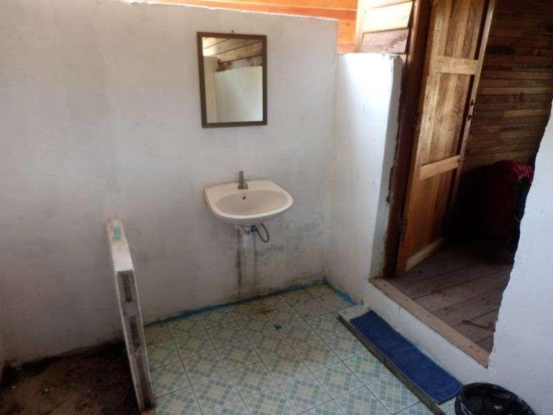 das Bad aus der anderen Richtung