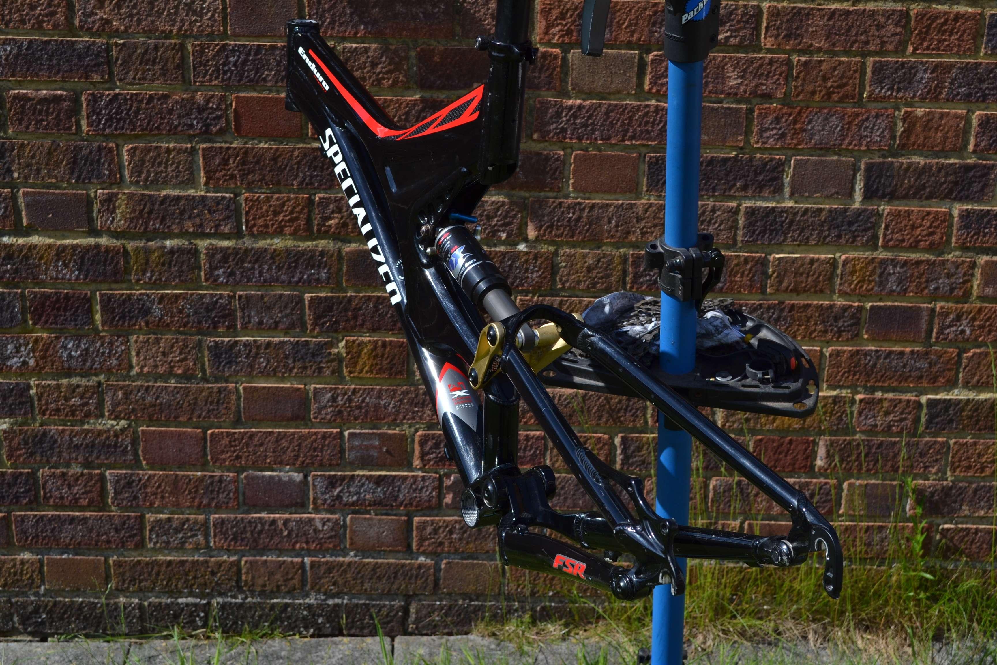 2002 specialized enduro fsr expert full suspension mountain bike frame disk alu. Black Bedroom Furniture Sets. Home Design Ideas